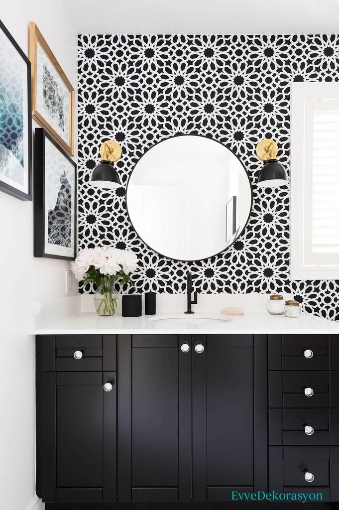 Simetrik banyo duvarı