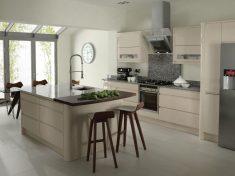 Beyaz Açık Mutfak Modeli