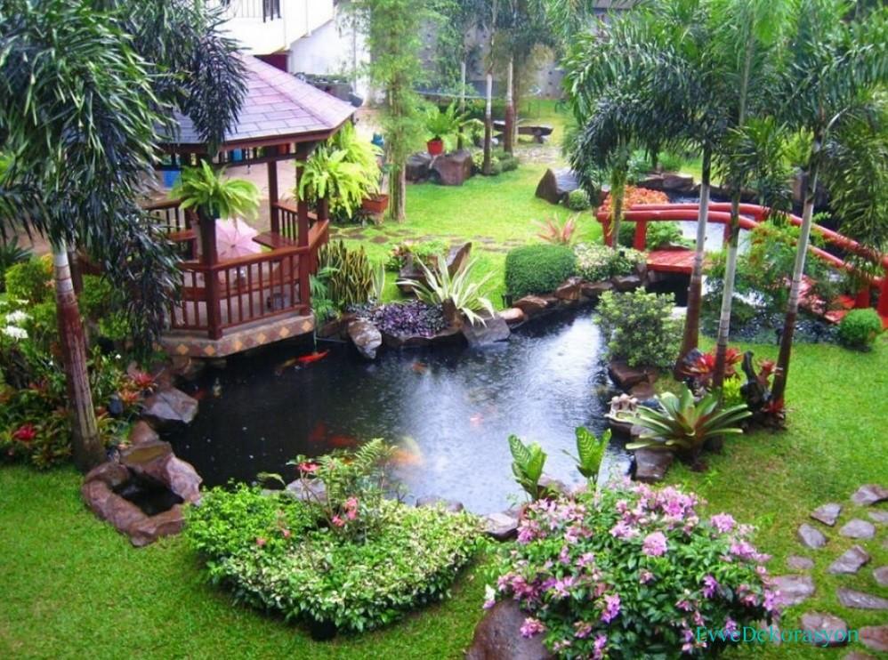 Güzel bir bahçe