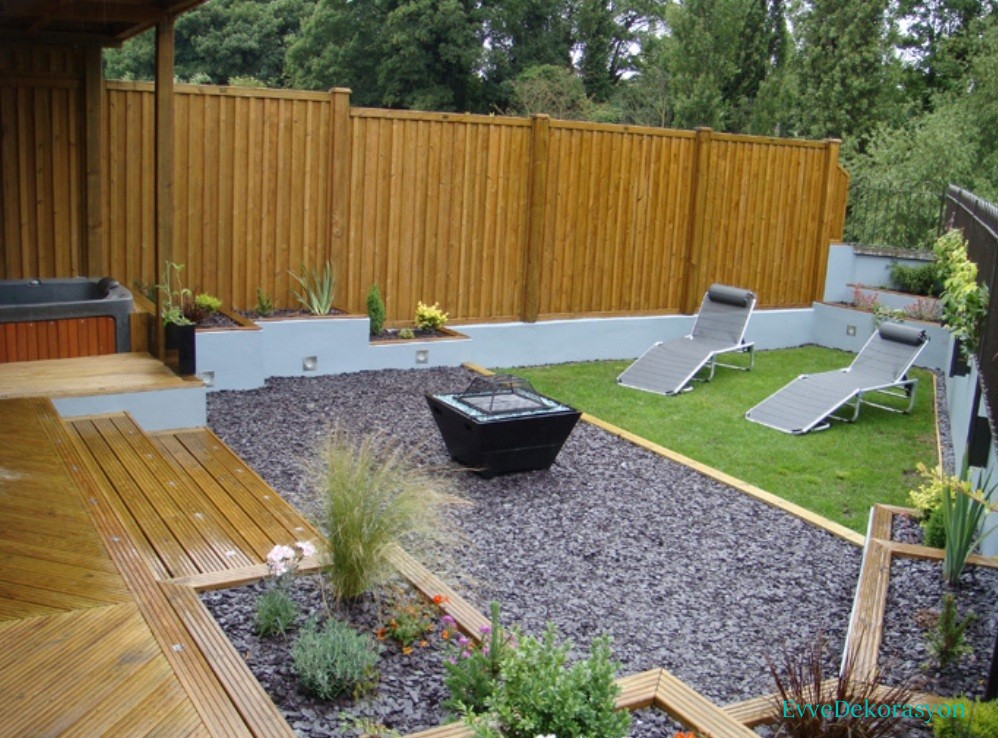 Geniş bahçe dizaynı