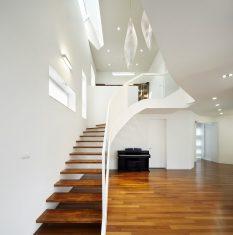 Ev merdiveni ve korkuluklar