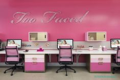 Pembe Ofis Dekorasyonu
