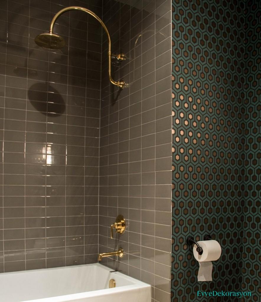 Taş desen banyo duvarı