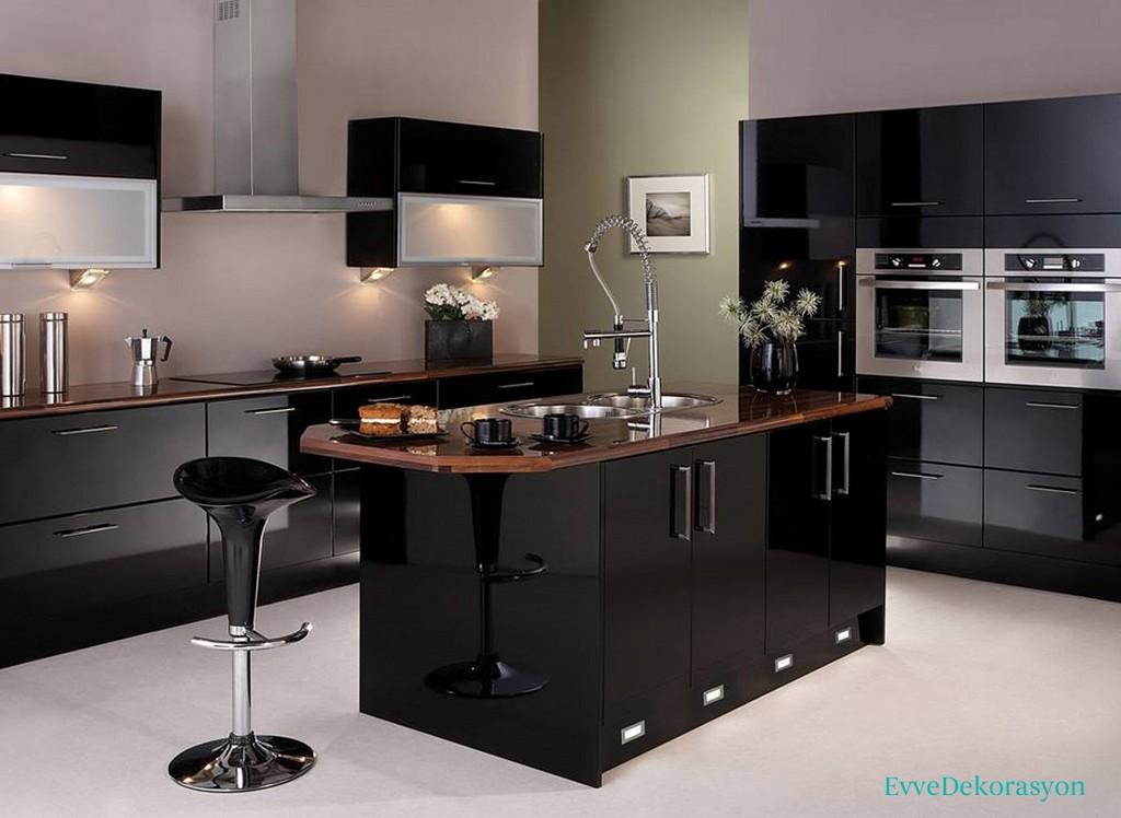Siyah mutfak tasarımı