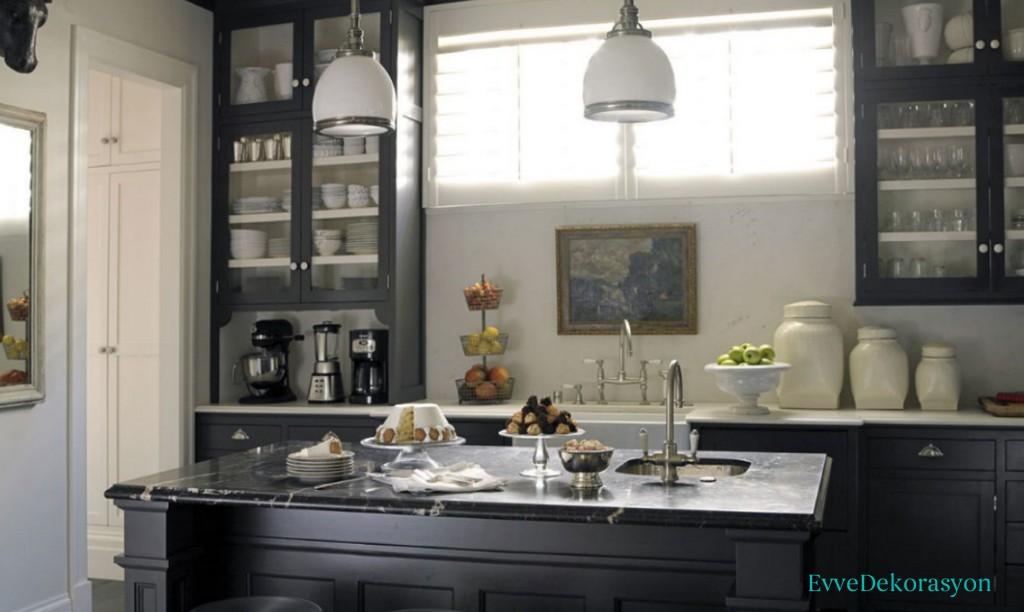 Siyah mutfak modeli