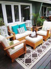 İçinizi Ferahlatacak Açık Renklerde Balkon Koltuk Tasarımları