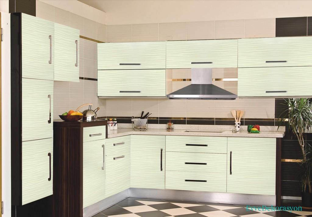 Açık Renk Mutfak Dolap Tasarımı
