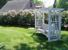 Beyaz Ahşap Bahçe Sallanır Koltukları