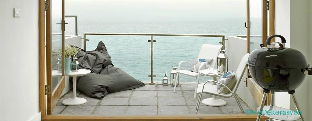 Denize Bakan Balkonlar