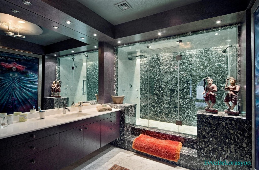 Mermer Detaylı Banyo Duvarları