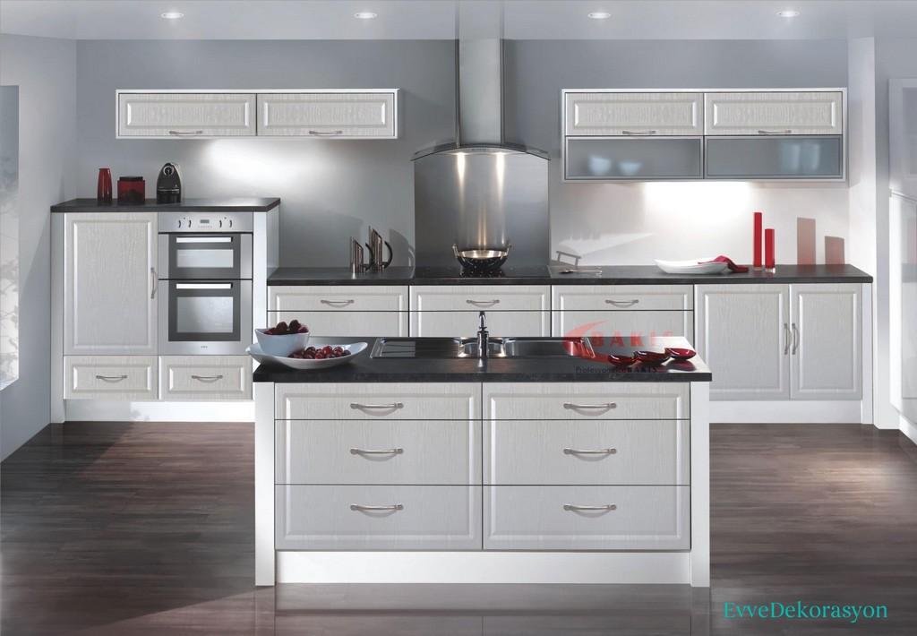 Beyaz Amerikan Mutfak Dolap Tasarımı
