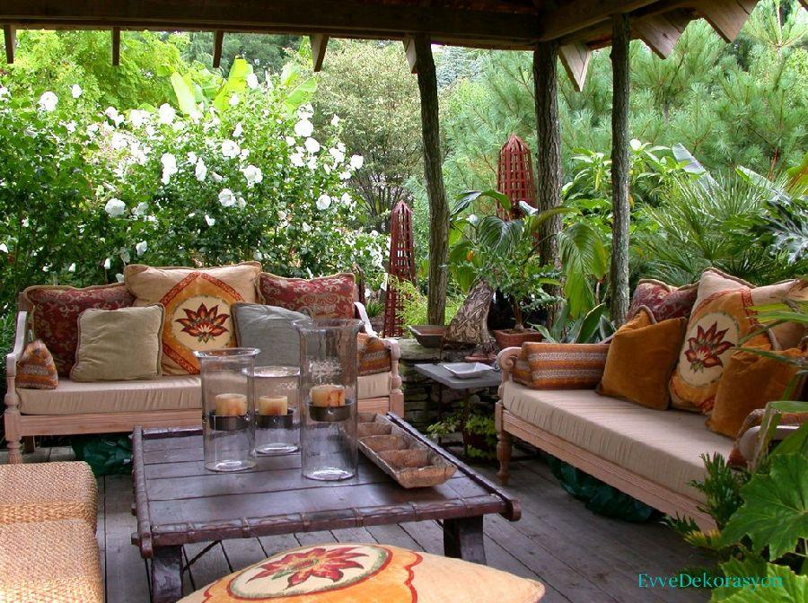 Bahçe İçerisinde Balkon Fikirleri