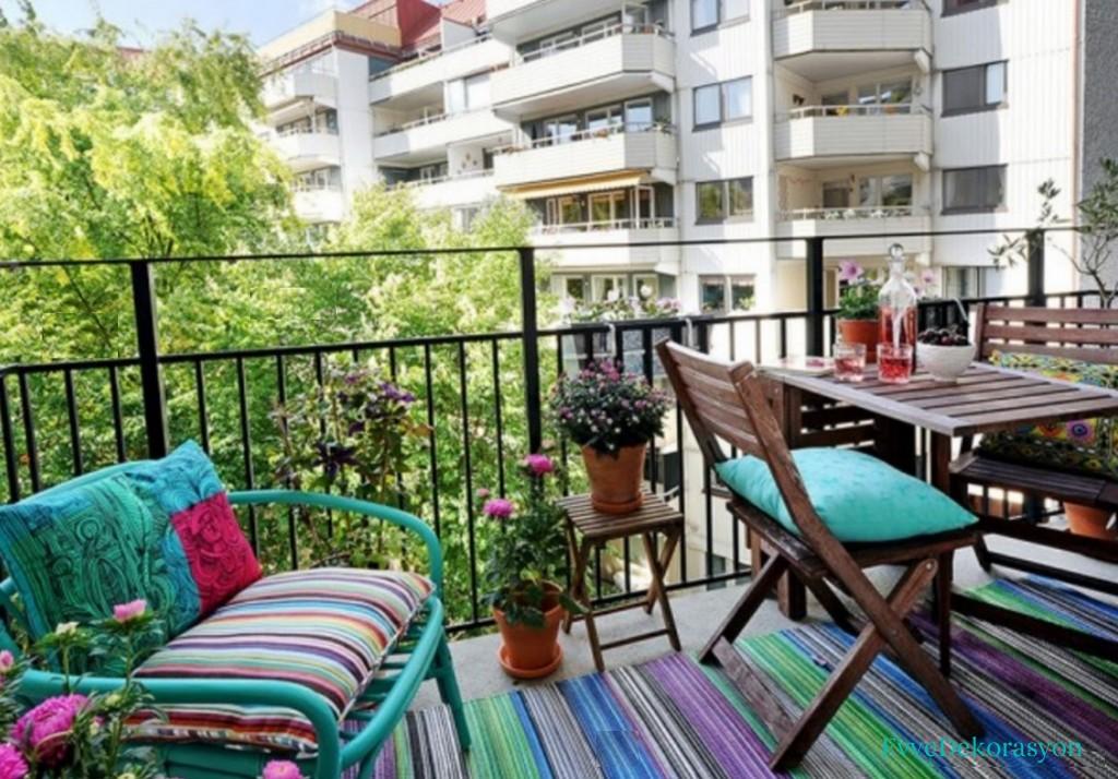 Balkonlarda En Güzel Süsleme Örnekleri