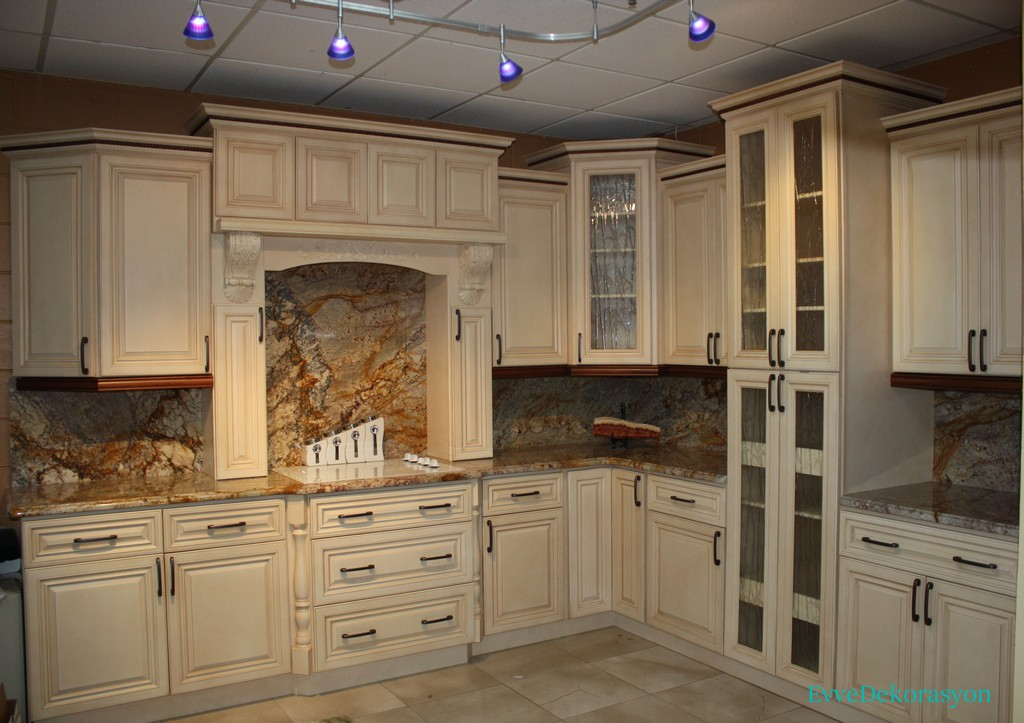 how to antique kitchen cabinets with white paint mermer detaylı vintage mutfak ev dekorasyonu 16779