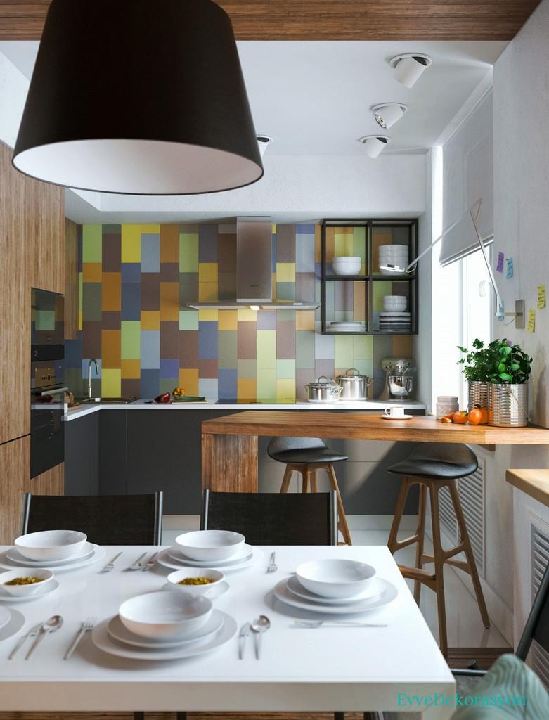 Tek Duvarda Farklı Renkli Desenler