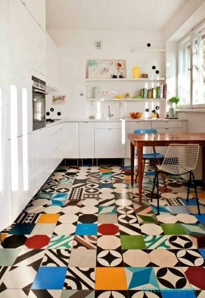 Mutfak Zeminlerinde Farklı Renklerin Kullanılması