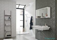 Parlak Taşlı Banyo Duvarları
