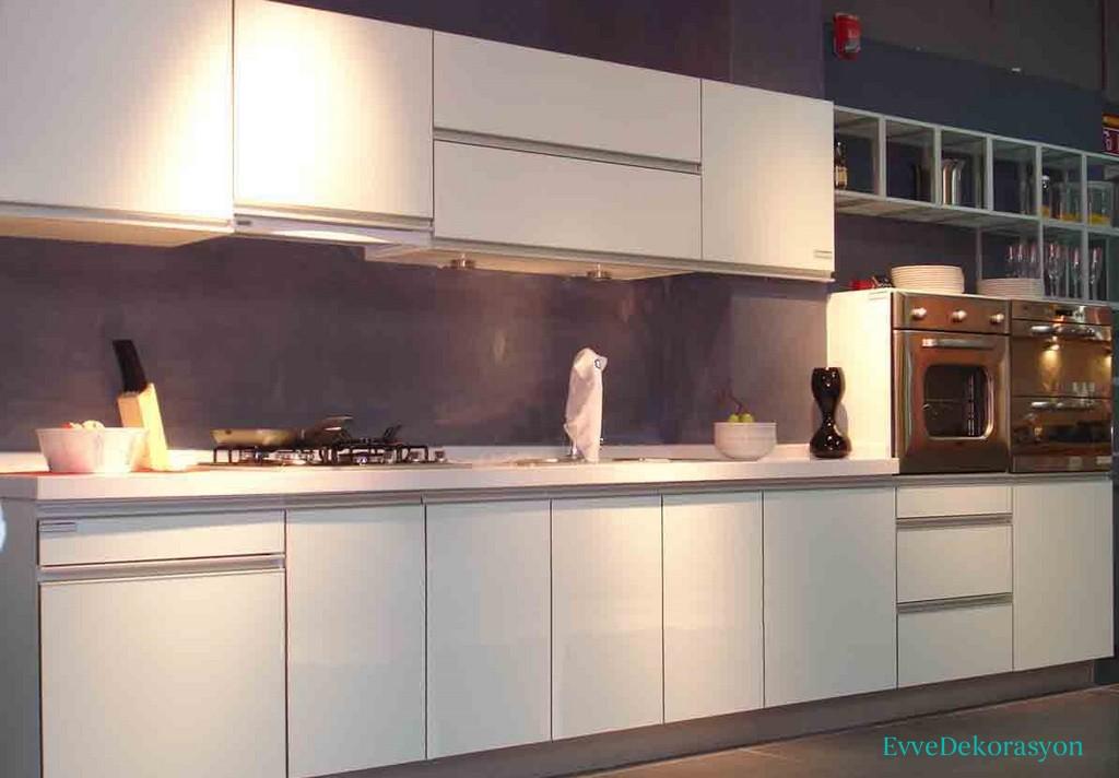 Yaylı Mutfak Dolap Tasarımı
