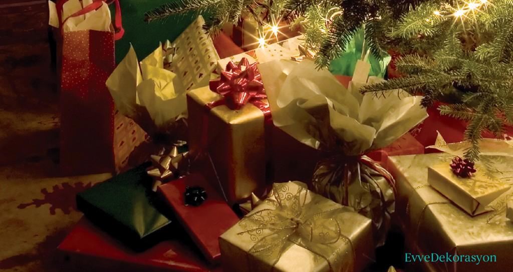 Yeni yılda hediyelik eşyalar