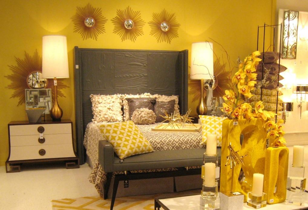 Altın rengi yatak odası